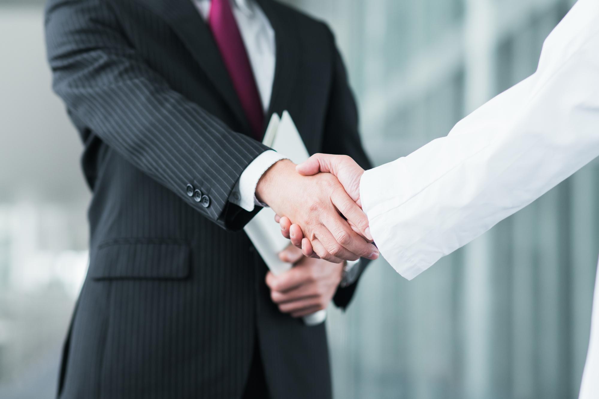 株式会社ANTアントでは営業・管理職候補を募集しています